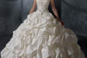 Huge Wedding Dress