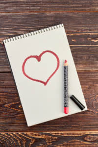 Doodling instead of planning your wedding is one of many common wedding mistakes